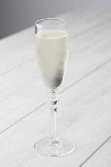 Verre à vin blanc pétillant