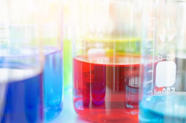 Verrerie sur la recherche et le développement de laboratoires scientifiques