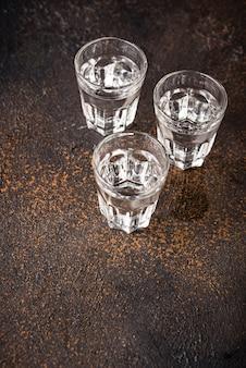 Verres de boisson russe vodka