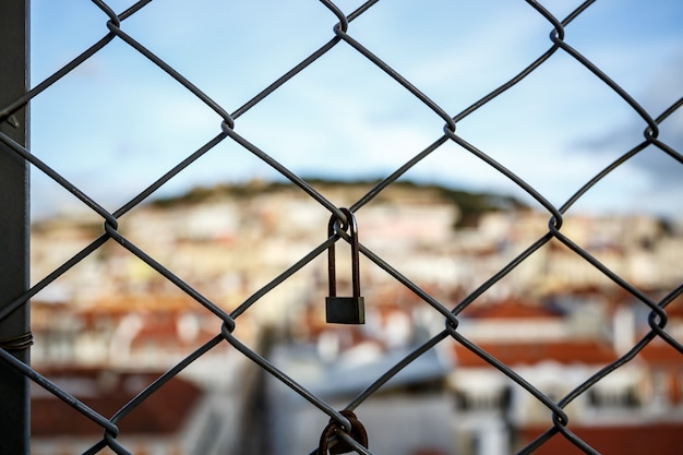Verrouiller la cage, vieille ville