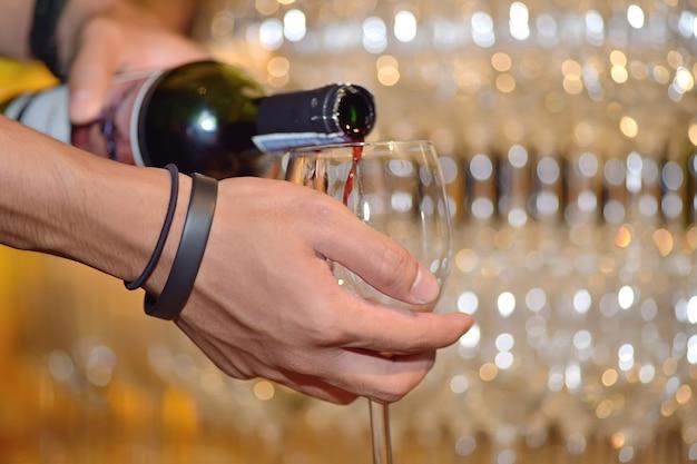 Verser le vin