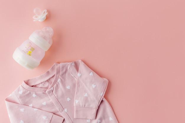 Vêtements de bébé