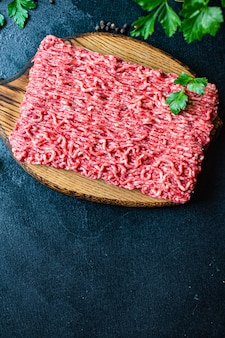 Viande hachée porc ou bœuf haché, poulet ou dinde