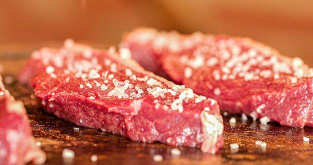 Viande picanha au feu brésil délicieux