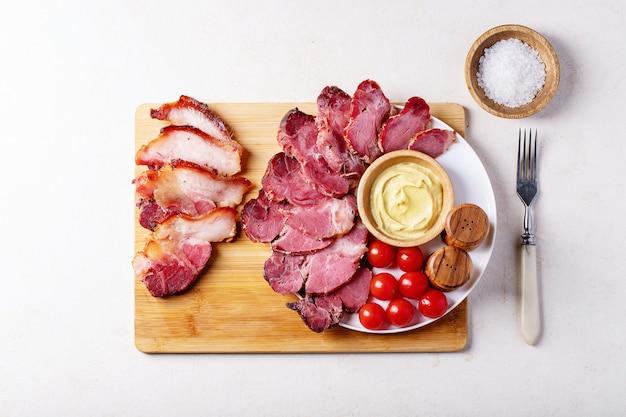 Viande de porc cuite