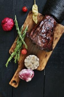 Viande rôtie aux épices