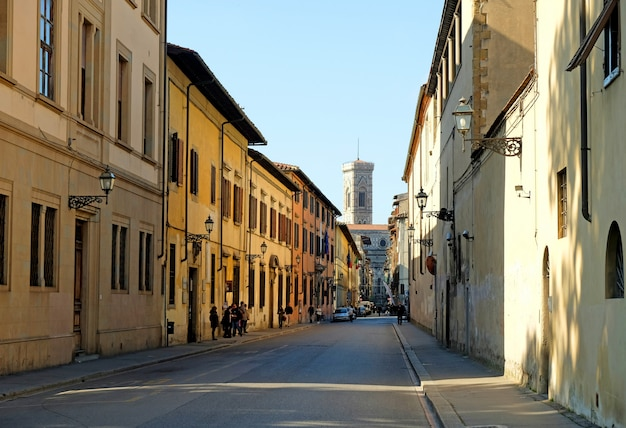 Vide belle rue en italie