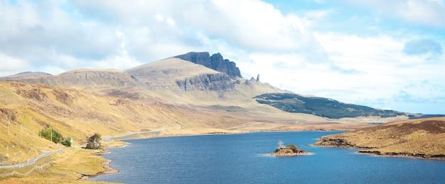 Le vieil homme de storr ile de skye highland ecosse