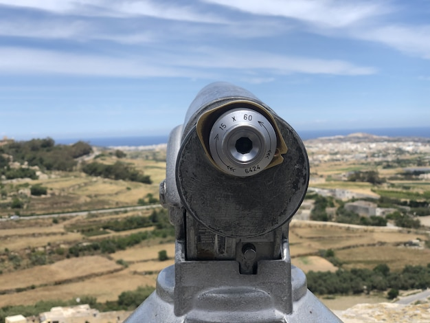 Vieille arme au sommet du château de mdina, île européenne de malte