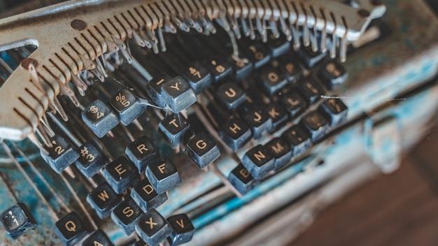 Vieille machine à écrire grunge