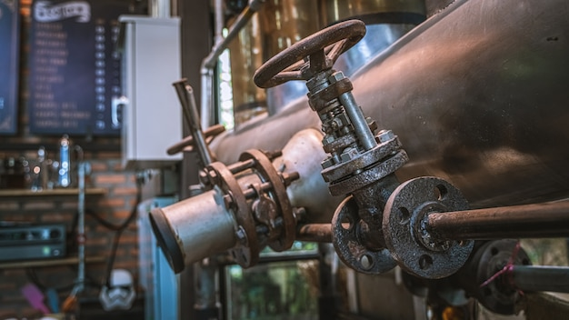 Vieille machine à torréfacteur