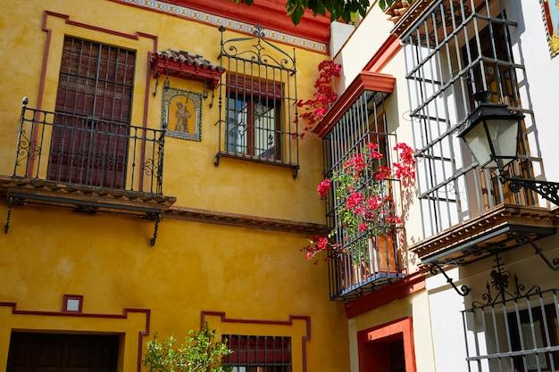 Vieille ville de séville près de la rue agua vida st espagne
