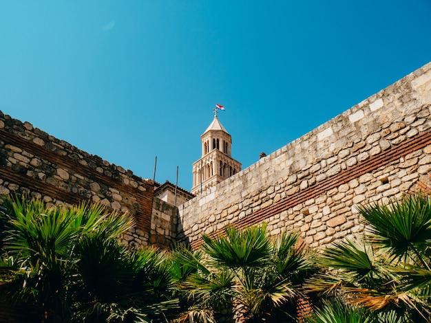 Vieille ville de split croatie à l'intérieur de l'architecture ancienne de la ville