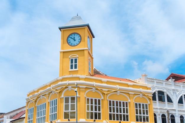 Vieille ville, ou, vieux bâtiments, à, tour horloge, dans, sino