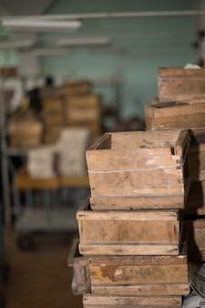 Vieilles caisses en bois