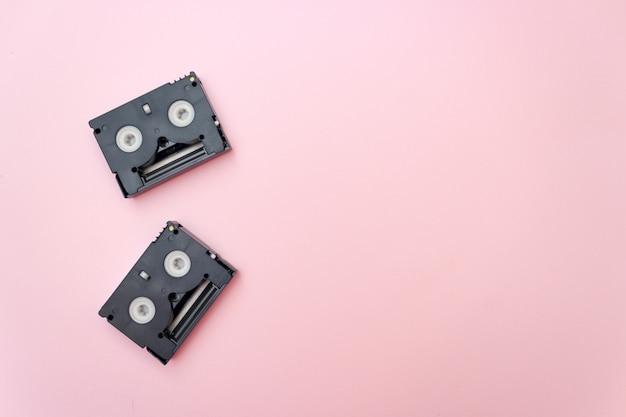 Vieilles cassettes vidéo mini dv, concept rétro.