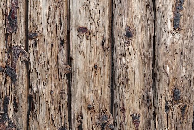 Vieilles planches de bois rustiques avec du bois vieilli verticalement