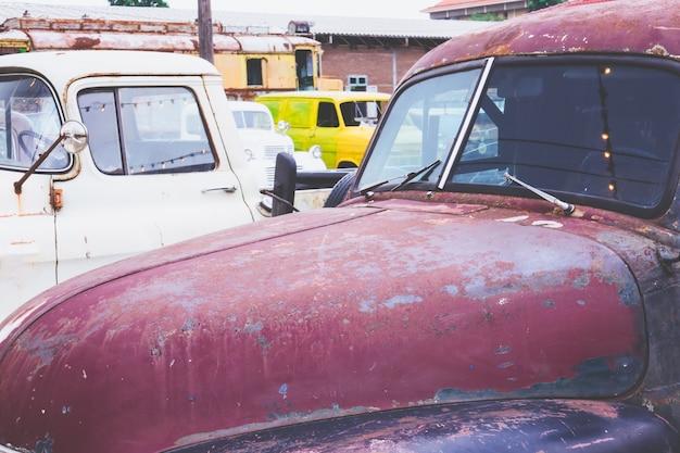 Vieilles voitures anciennes