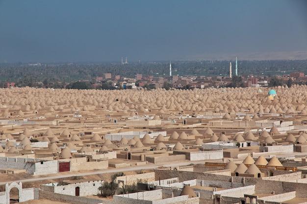 Vieux cimetière à amarna, egypte