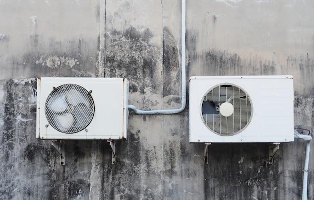 Vieux compresseurs d'air