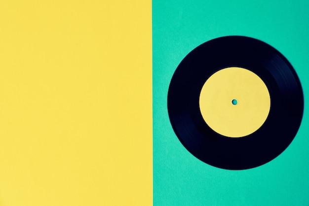 Vieux disque vinyle rétro