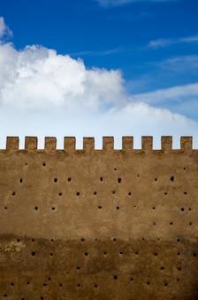 Vieux mur d'enceinte à fès, maroc