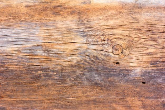 Vieux texturé de planches de grange fissurées