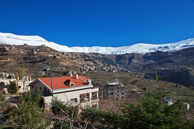 Le village dans la vallée de kadisha, au liban