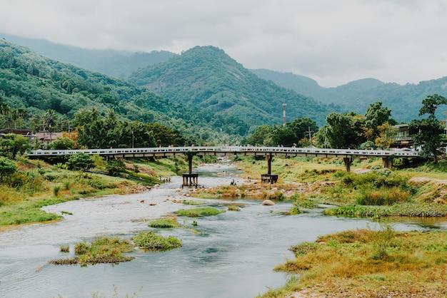 Village de kiriwong - l'un des meilleurs villages d'air frais de thaïlande et vit dans l'ancienne culture thaïlandaise. situé à nakhon si thammarat, au sud de la thaïlande