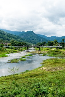 Village de kiriwong - l'un des meilleurs villages d'air frais de thaïlande et vit dans la vieille culture de style thaïlandais. situé à nakhon si thammarat, au sud de la thaïlande