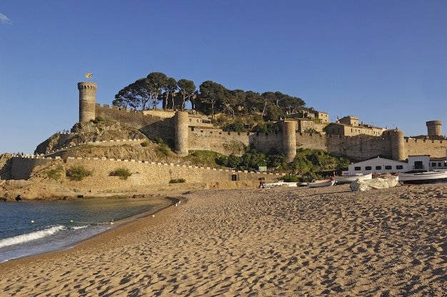 Village de tossa de mar, costa brava, province de gérone, espagne