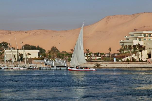 La ville d'assouan en egypte sur le nil
