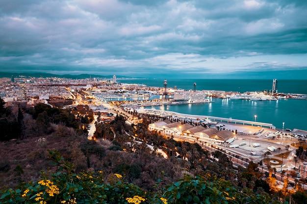 Ville de barcelone la nuit