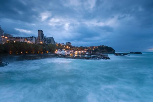 Ville de biarritz avec sa magnifique côte