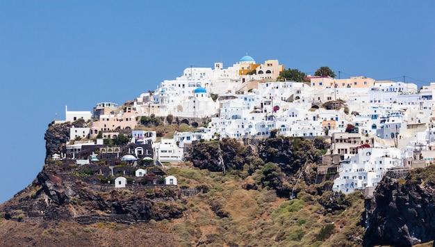 Ville d'imerovigli sur l'île de santorin