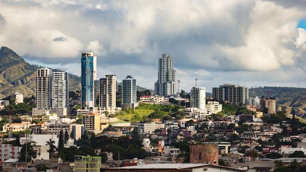 Ville nuageuse de tegucigalpa