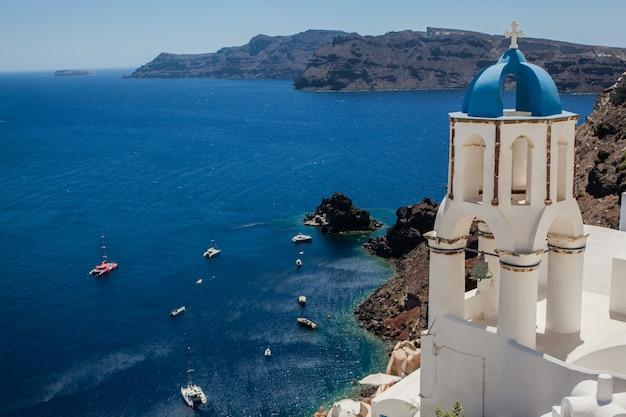 Ville d'oia sur l'île de santorin, en grèce.