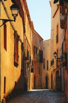 Ville typique de provence aix en provence avec façade de maison ancienne