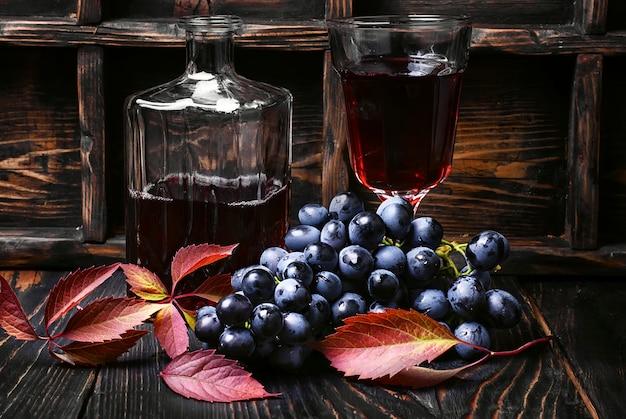 Vin rouge sec