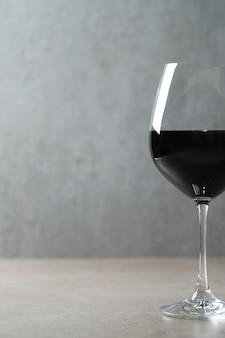 Vin rouge en verre