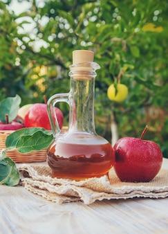 Vinaigre de cidre en bouteille