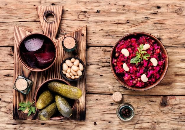 Vinaigrette de salade de légumes populaire