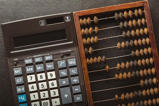 Vintage boulier et calculatrice