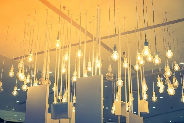 Vintage décoration d'éclairage (image filtrée traitée effet vintage