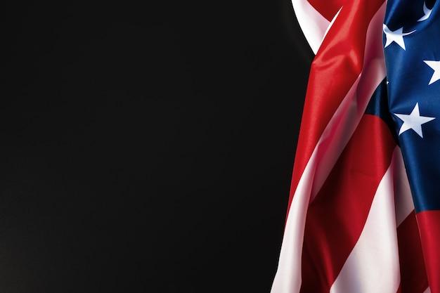 Vintage drapeau américain sur un tableau noir avec un espace pour le texte