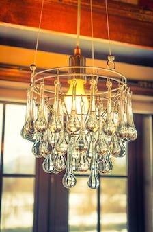 Vintage lustre en cristal (filtré image traitée ef millésime