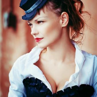 Vintage portrait de belle fille