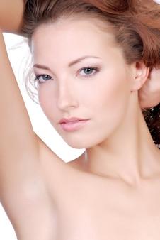 Visage de femme beauté et sensualité.