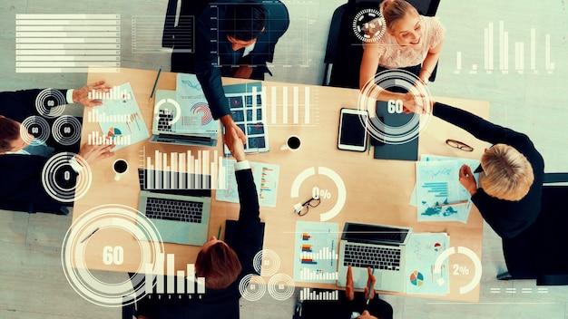 Visuel créatif des gens d'affaires lors de la réunion du personnel de l'entreprise