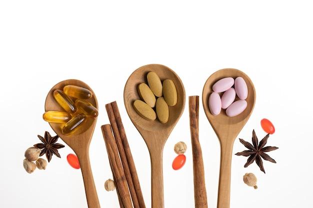 Vitamine et suppléments organiques naturels pilule de capsule d'huile de médecine à base d'herbes